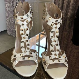 Valentino Rockstud Sandals White Leather